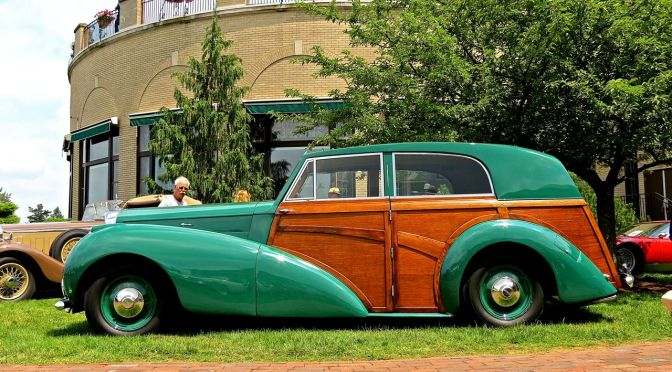 1948 Bentley Mk VI Woody at the Hershey Elegance