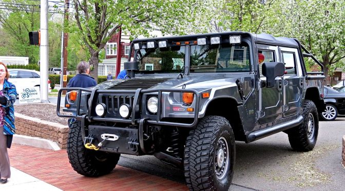 Hummer H1 Alpha at Hopewell Cruise Night