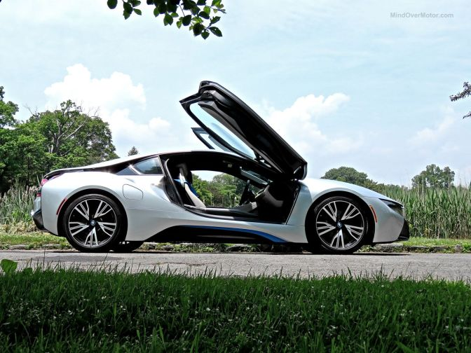 My Drive in a BMW i8: A Concept Car for the Street