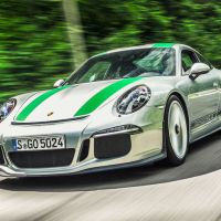 Why the Porsche 911 R is the best of 2016