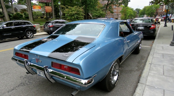 Chevrolet Camaro Z/28 at the Scarsdale Concours