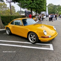 Goldenrod Yellow Singer at the 2017 Americana Manhasset Concours