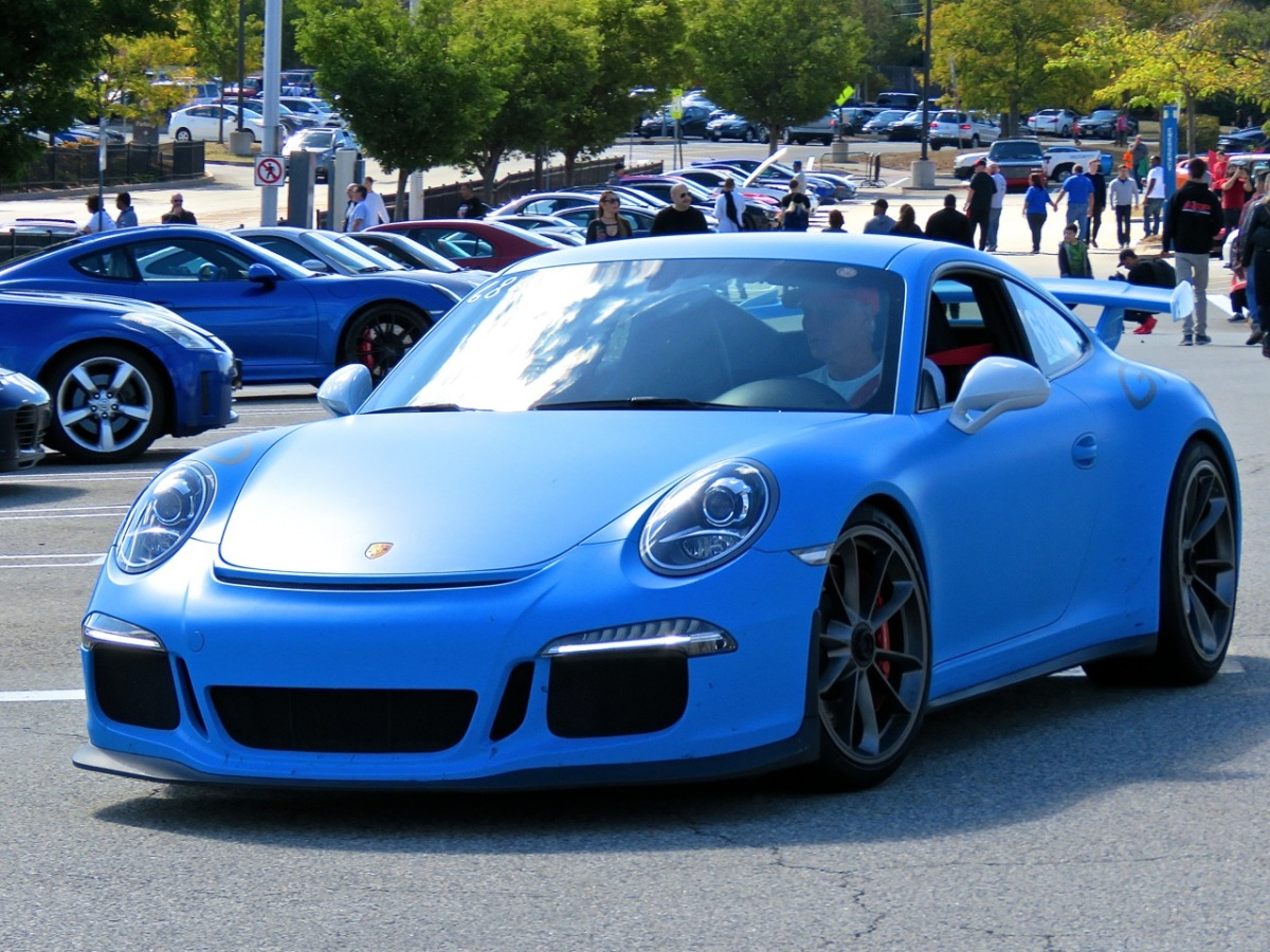 Matte Blue Porsche 991 GT3 at Cars and Caffe
