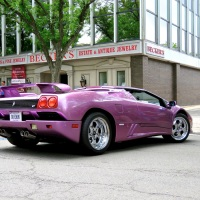 Lamborghini Diablo VT Roadster: The Devil Wears Purple