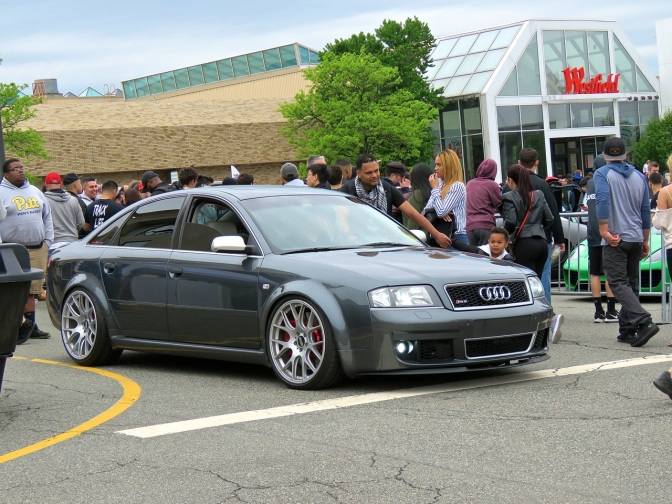 Modified Audi RS 6 at Cars and Caffe