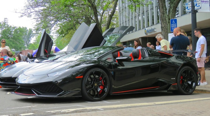 Black Widow Spec Lamborghini Huaracan Spyder at Concorso Ferrari