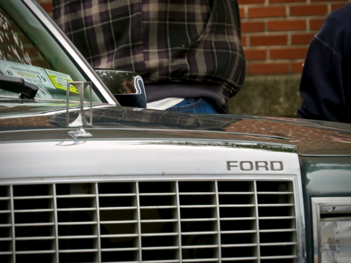 Is it a Ford?  Or is it a Mercedes?  That infamous advertisement, 40 years on.